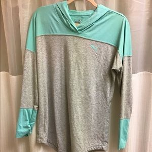 PUMA hooded sweatshirt top workout athleti shirt M
